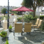 Relax In The Elm Tree Front Gardens
