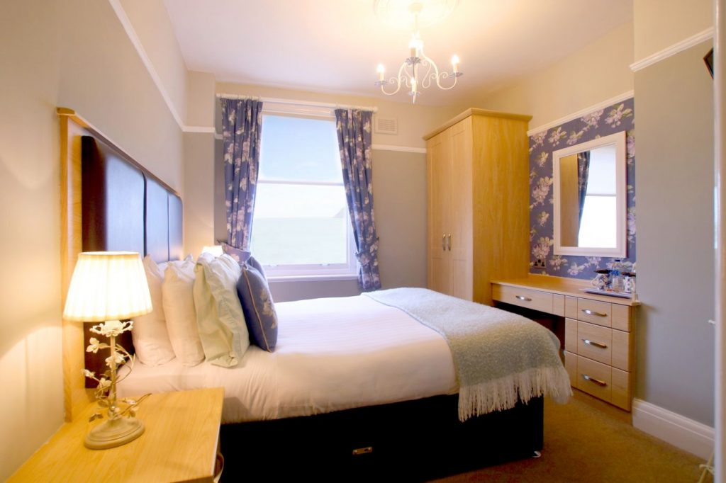 Seaview Hotel | Room 11